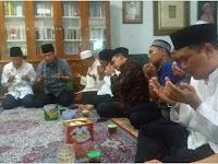 Dikunjungi Pimpinan MUI, Gus Mus Sampaikan Pesan KH Sahal Mahfudh