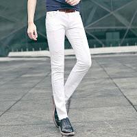 Beyaz pantolonla ne gider
