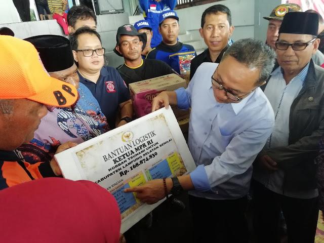 Kunjungi Pengungsi di Kalianda, Ketua MPR RI Beri Bantuan 168 Juta