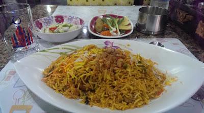Tempat Makan Halal Food di Bangkok Arab Street