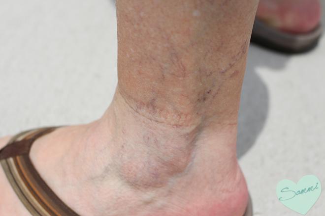 sammi the beauty buff review sally hansen airbrush legs makeup lotion