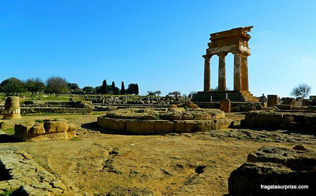 Templo de Castor e Pólux no Vale dos Templos de Agrigento