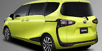TOYOTA SIENTA Prices and Specifications 2017
