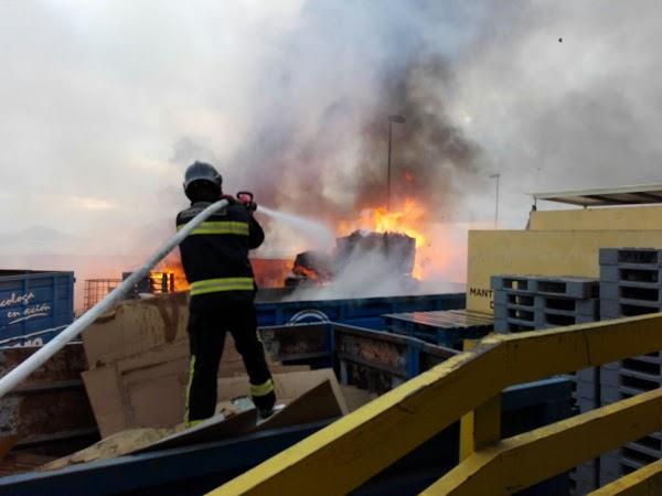 Dos incendios Las Palmas de Gran Canaria, domingo 7 agosto