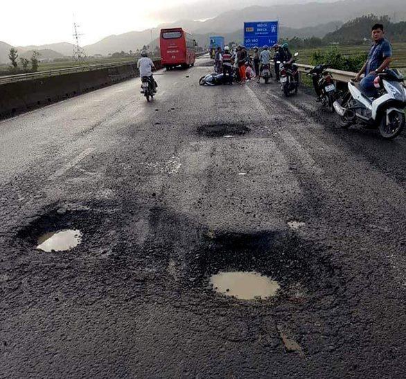 Phú Yên: 1 người chết oan vì sụp 'ổ voi' trên quốc lộ, mạng người ở Việt Nam quá rẻ khi được bồi thường 50 triệu