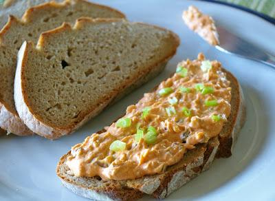 pasta do chleba z bryndzy