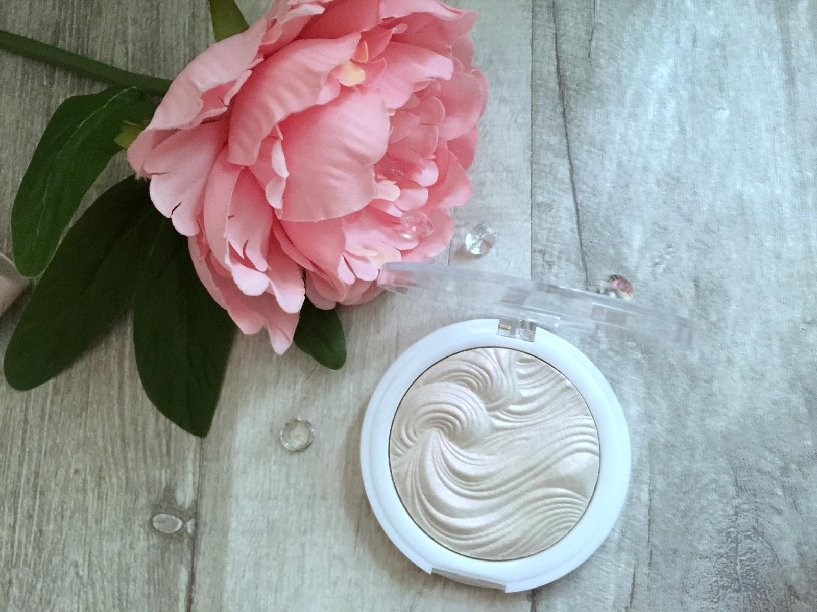 mua undress your skin highlighter in peach diamond