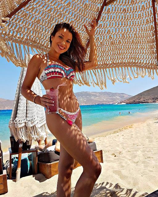 Beautiful Catarina Sikiniotis in Bikini