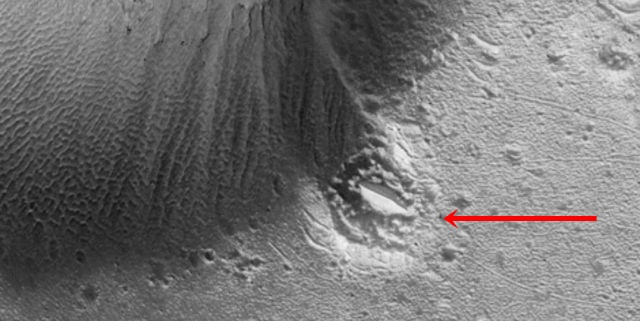 UFO News ~  UFO crashed into a crater on Mars? and MORE Ufo%2Bcrash%2Bcrater%2Bmars%2B%25281%2529