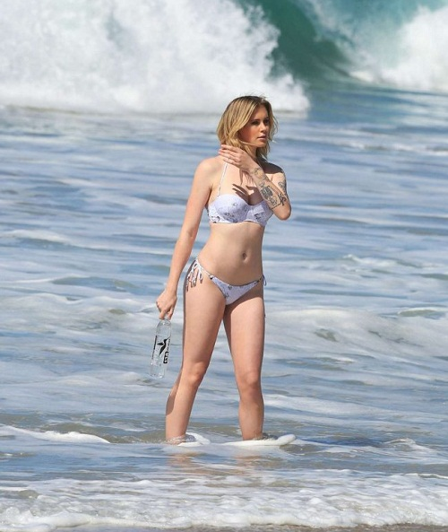 Ireland Baldwin 2