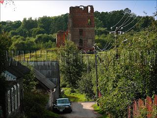 Смольяны. Спасо-Преображенская улица. Вид на замок 'Белый Ковель'