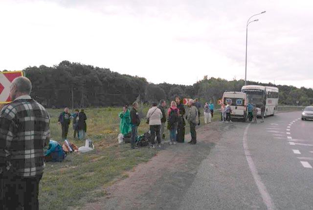 На трасі Київ-Чоп перевернувся автобус з 53 пасажирами