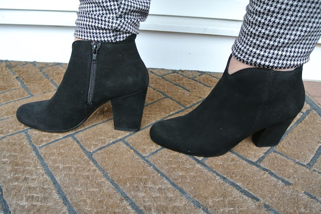 Jones Footwear