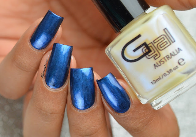 Glitter Gal Soft Blue