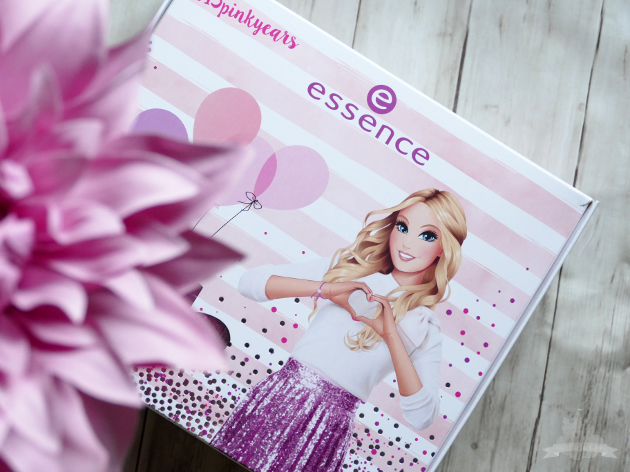 essence Müller #15pinkyears Birthday Box