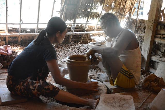 poterie dans un village proche de Yangon
