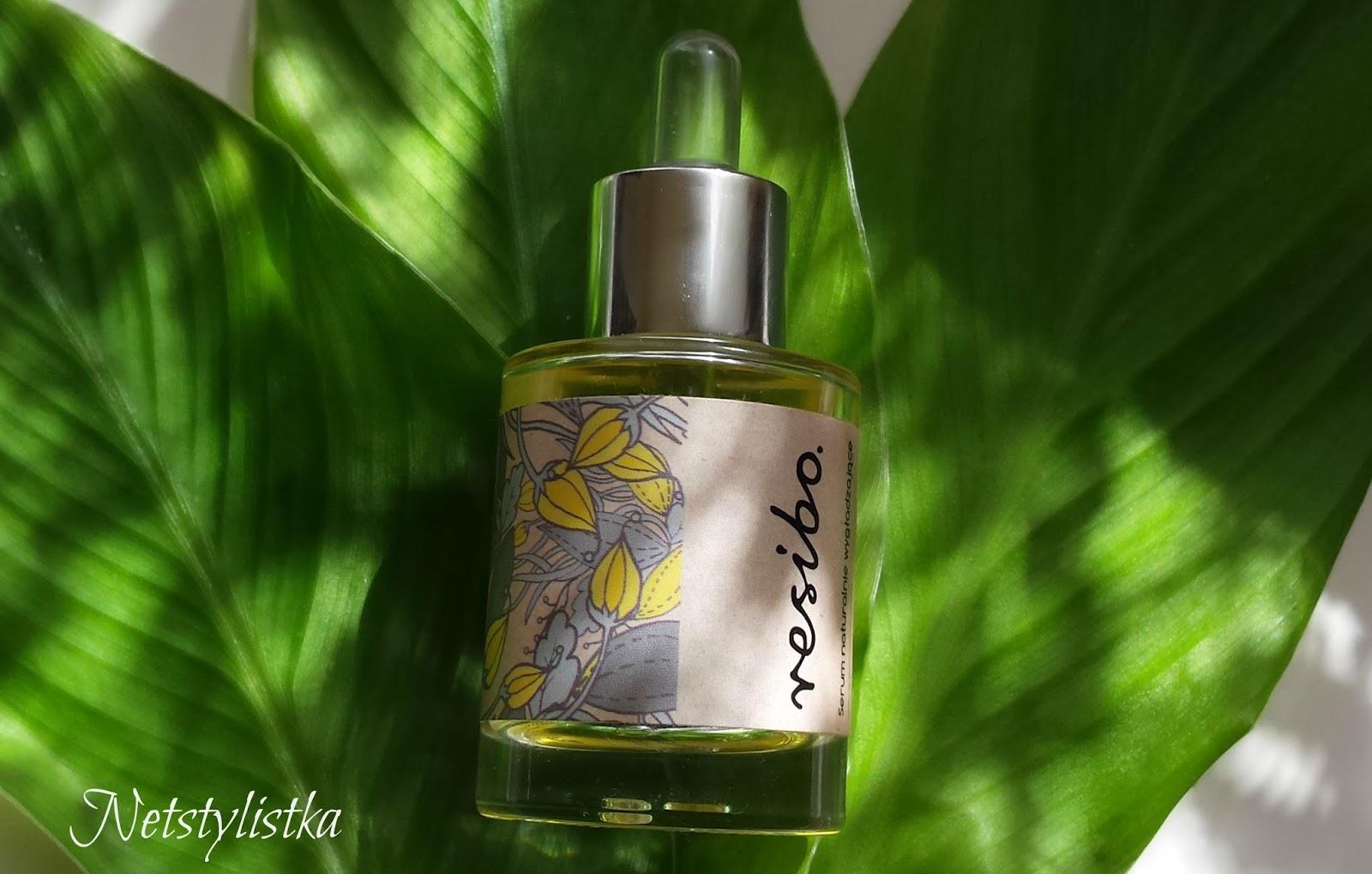 suero facial alisante de aceites naturales de la marca polaca Resibo, cosméticos polacos, cosméticos naturales, cosméticos ecológicos de Polonia