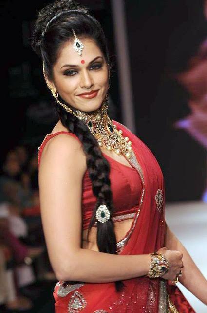 Isha Koppikar Photos in Red Saree