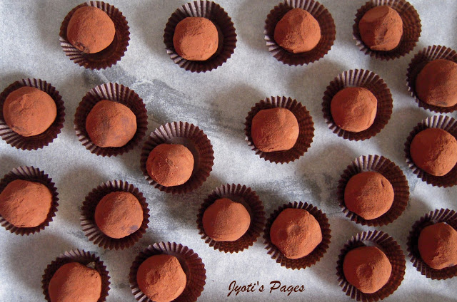 Chocolate Truffles from 9 Easy Dessert Ideas for Valentine's Day | From Elaborate to the Easy, A Collection of 9 tried and tested recipes for Valentine's Day. www.jyotibabel.com