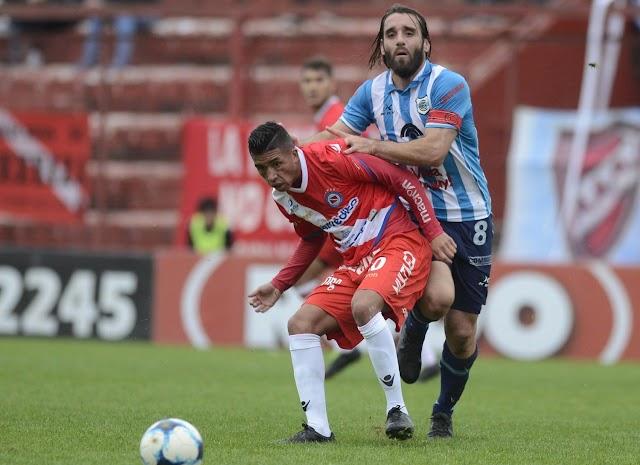 Gimnasia apostó a defender y cayó ante Argentinos