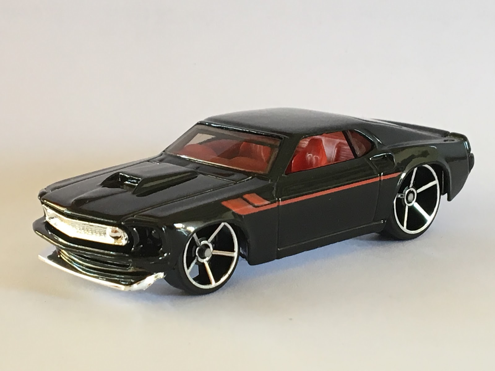 Hot wheels 69 ford mustang 2007