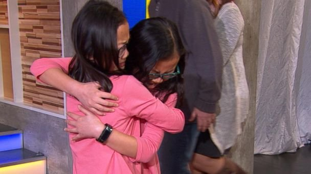 Twin Sisters Who Were Separated At Birth Reunite Live For The First Time On 'GMA!'