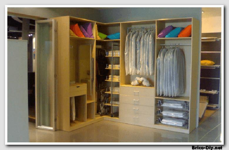 Walk in closet dise os modernos ideas para decorar y for Puerta walking closet