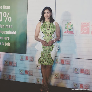 27 Best HD Photos of Actress Priya Anand 2018