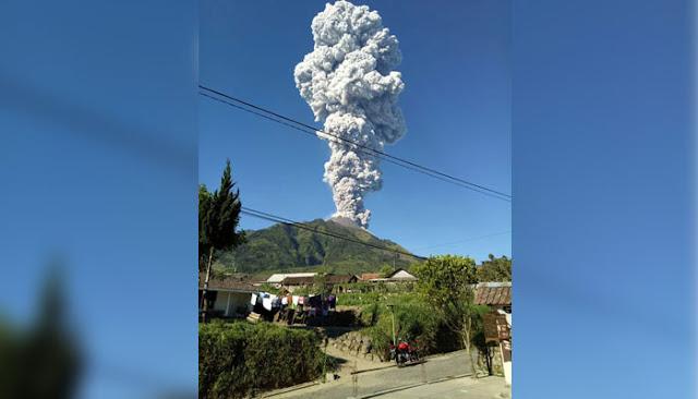 Kala Abu Vulkanik Gunung Merapi Sapa Warga hingga Semarang