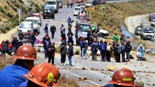 """""""Rodolfo Illanes ha sido cobarde y brutalmente asesinado"""", señaló Carlos Romero, funcionario del gobierno de Evo Morales. La víctima había sido retenida cuando se acercó a tratar de dialogar para destrabar la protesta sindical."""