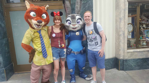 zootopia-disneyland-california-nick-judy