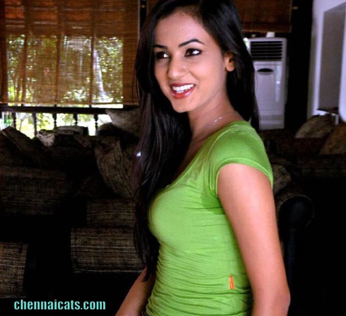 South Indian Actress Blue Film: Sonal Chauhan Hot Actress