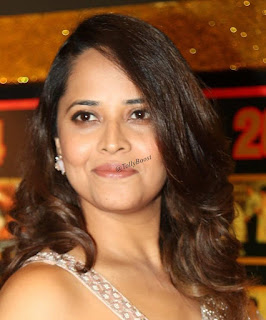 Beautiful Indian TV Model Anasuya Long Hair Face Closeup (8)