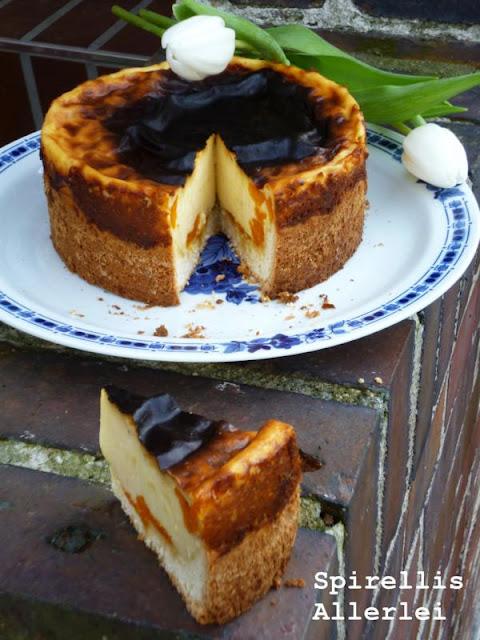 Der leckerste Schmand Mandarinen Kuchen nach Rezept wie von Mutti - wenn ihr mal das ultimative Alleskönner Rezept braucht, dann hätte ich das hier für euch!