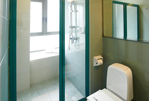 Fortville Studio A Bathroom