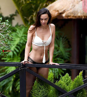 Jennifer+Metcalfe+in+Bikini+at+a+Pool+in+Tenerife+hot+ass++Booty+Cleavages+Ass+Boobs+-+SexyCelebs.in+Exclusive+004.jpg