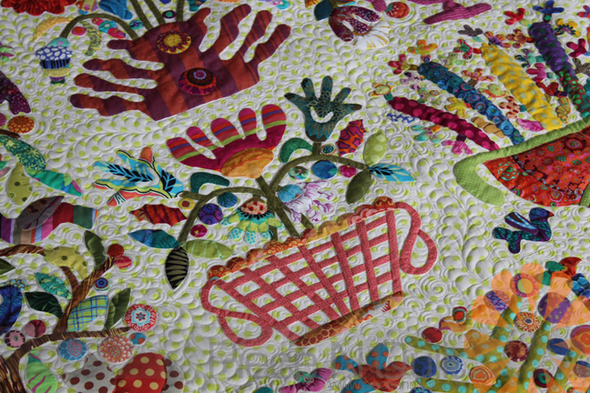 Edge to edge quilting over applique and stitchery quilts u koolkat