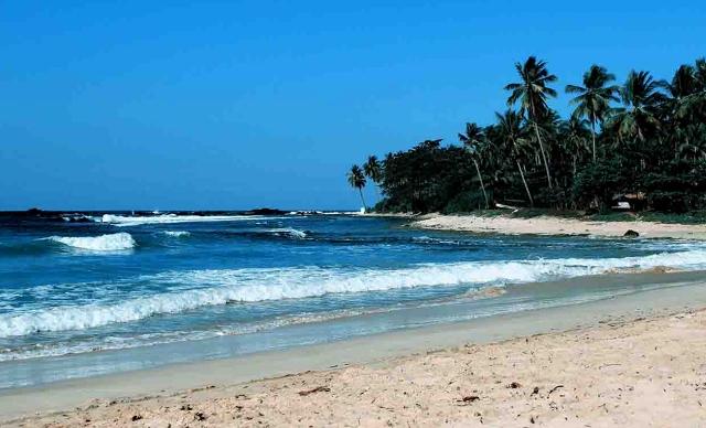 Cara Backpacker Ke Pantai Carita dari Jakarta