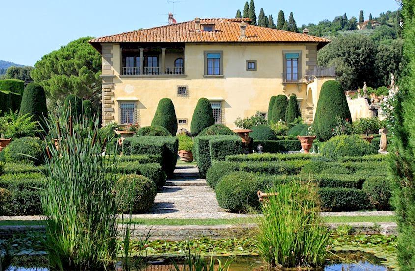 Vacation rental accommodation at Villa Gamberaia