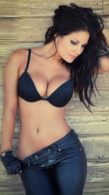 Russian Call Girls Escort In Sharjah