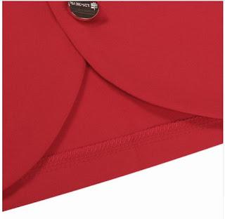 Chaqueta casual con cuello redondo, botones en diagonal y corte en A en la parte inferior frontal