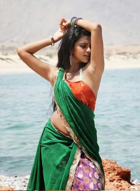 Amala Paul-Andhra-Talkies