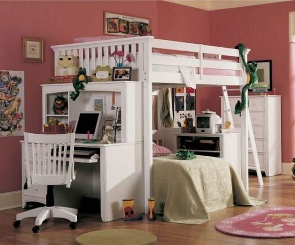 Bunk Bed For Youths Small But Comfortable