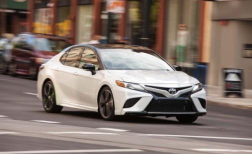 2020 Toyota Camry XSE V6 Test