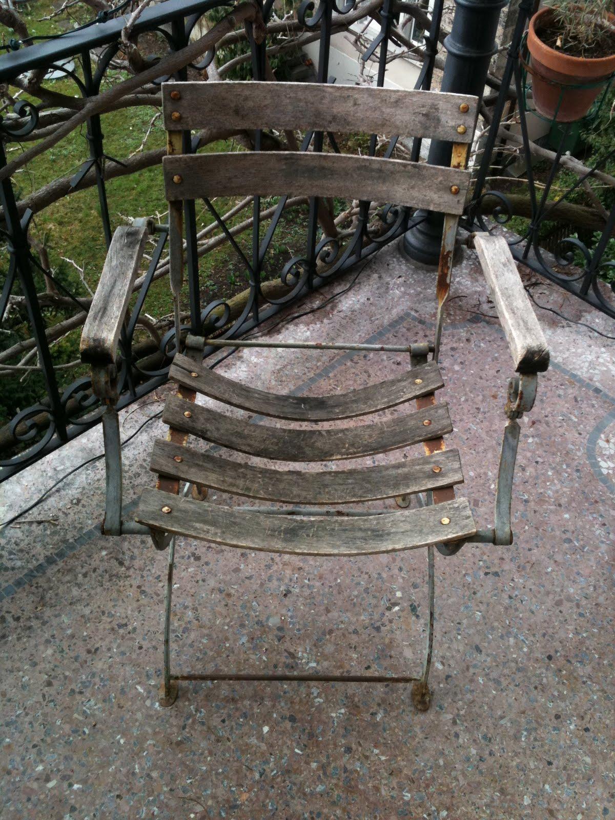 Folding Chair Jokes Kids Study 4000 Dollar Bmw In Southafrica