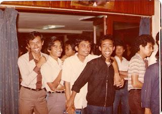 5 Hal Ini Tidak Boleh Dilakukan Remaja Indonesia di Era Orde Baru