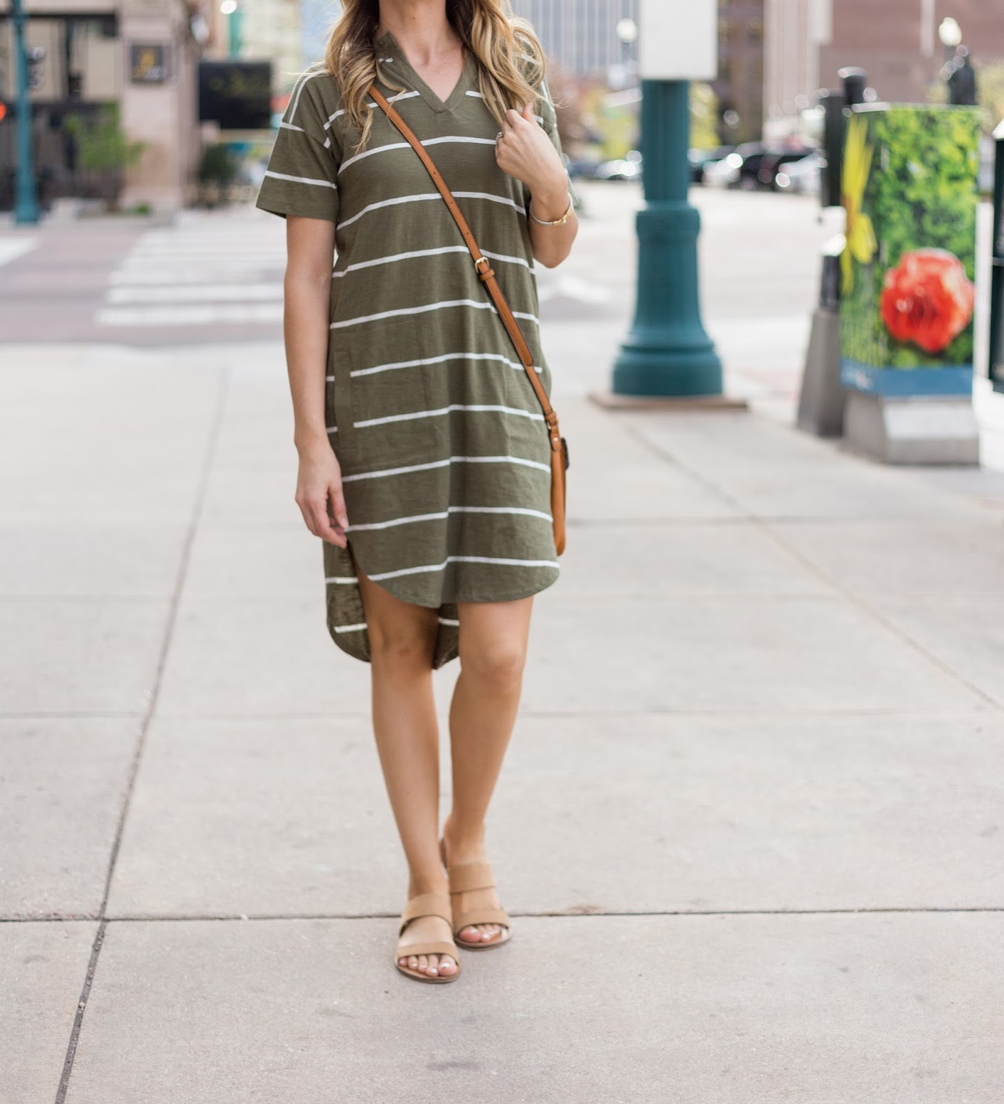 Love this striped shirt dress and crossbody together!