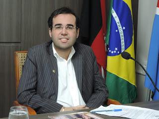 Renan Furtado é eleito presidente da Câmara Municipal de Cuité