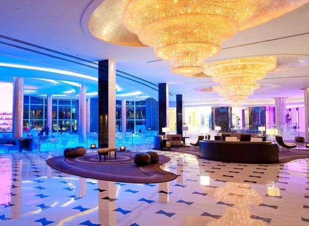 hotel miami beach fontainebleau resort miami beach dicas. Black Bedroom Furniture Sets. Home Design Ideas
