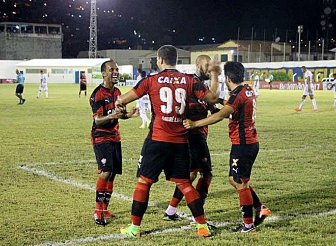 Jogando em Casa Jacobina Sofre goleada diante do Vitória pelo Baianão